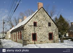 Image result for french vernacular roofs Petra, Cabin, French, House Styles, Image, Home Decor, Decoration Home, French People, Room Decor