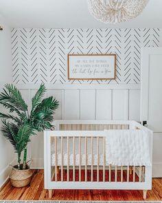 Delicate Herringbone Wallpaper