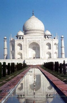13. See the Taj Mahal, India - 50 Ultimate Travel Bucket List Ideas ... → Travel
