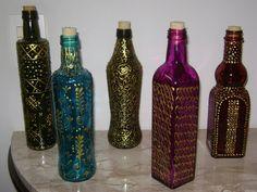 Algumas ideias para você decorar garrafas com muita criatividade.            ...