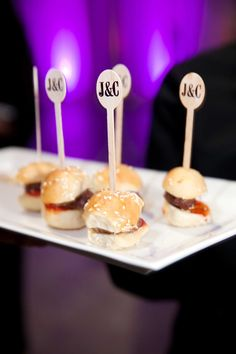 Delicious Late Night Bites for the End of Your Wedding Reception - Inside Weddings