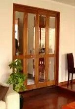 Puerta plegable China Cabinet, Ideas Para, Divider, Room, Furniture, Home Decor, Beautiful Bedrooms, Houses, Cabinets