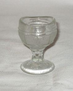Vintage eye wash glass