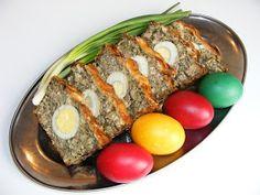 Drob si oua rosii aperitiv pentru Pasti Romanian Food, Easter Table, Meatloaf, Paste, Honey, Recipes, Fine Dining, Kitchens, Bebe