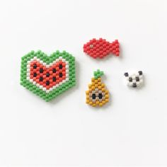 Peyote Stitch Patterns, Hama Beads Patterns, Beaded Jewelry Patterns, Beading Patterns, Miyuki Beads, Art Perle, Halloween Beads, Pixel Pattern, Beaded Animals
