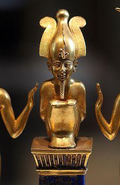 Pendant with the Name of King Osorkon II: the God Osiris's Family Third Intermediate Period, 22nd Dynasty, reign of Osorkon II (874-850 BC) detail