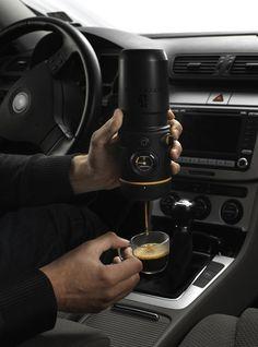 Mobile espresso maker by Handpresso Auto.