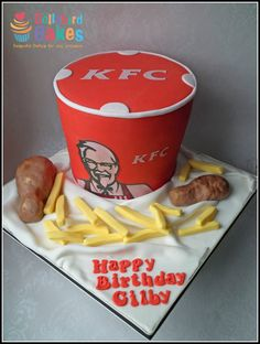 This cake combines some of my favouirte things…. KFC and cake. Its all edible, the drumsticks are RKT and the chips are icing. The bucket consists of a stacked 6 & rounds – Finger . Birthday Cake For Him, Happy Birthday, Birthday Cakes, Birthday Ideas, Kfc Cake, Cakes That Look Like Food, Bake My Cake, Cake Pictures, Cake Pics