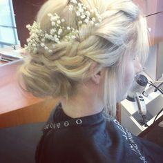 #braids #braidupdo #loose #lowbun #babysbreath #grecian #updo #bohemian #loosebraid