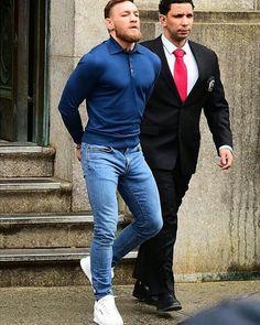 Trendy Mens Fashion, Stylish Mens Outfits, Mens Fashion Suits, Casual Outfits, Men Casual, Conor Mcgregor Style, Notorious Conor Mcgregor, Mc Gregor Fashion, Irish Men