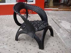 Recycled car tire . . . Cool Idea!  but will it hold you??