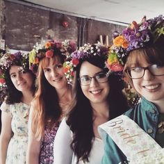 Book a cool flower crown making hen party in Cork or Kenmare. A fun activity where you create awesome headwear for your night on the town. Perfect for s boho or bohemian hen party or a festival inspired hen do #hen #party #flower #crowns #ireland #cork #kenmare