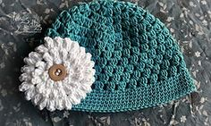 Free pattern...Ravelry: Easy baby hat pattern by Lanasyovillos official