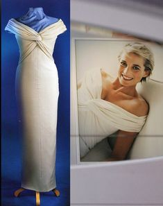 Dresses worn by Diana, Princess of Wales up for auction - Fashion Galleries Princess Diana Dresses, Princess Diana Fashion, Princess Diana Family, Princes Diana, Royal Princess, Princess Of Wales, Royal Fashion, Timeless Fashion, Princesa Elizabeth
