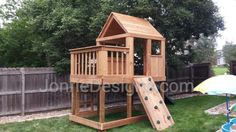 #5820-01 5'x5 Clubhouse with wooden roof, 3'x8' uncovered porch, 4' deck height, ladder entry & standard slide