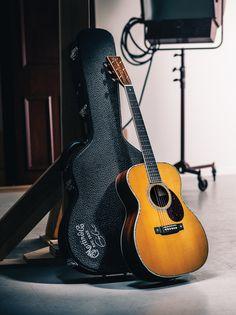 Eric Clapton Crossroads Guitar Collection: Martin 000-45EC-Crossroads Brazilian Rosewood