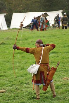 Example 12th century (Anglo-Norman) archer with selfbow
