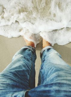 boyfriend-jeans-denim-feet-in-water-ocean-dip-beach-sand-endless-summer-fashion-over-reason.jpg