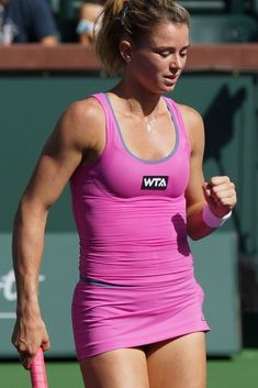 Camila Giorgi (born 30 December 1991) is an Italian professional tennis player.She reached her best singles ranking of world No. 26 in October 2018. Giorgi is known for her aggressive style of game and her powerful flat groundstrokes, and is considered to be one of the hardest hitters of the ball on the tour. #CamilaGiorgi #WTA Football Cheerleaders, Cheerleading, Athletic Women, Athletic Tank Tops, Camila Giorgi, Williams Tennis, Tennis Players Female, Sport Tennis, Gorgeous Women