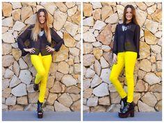 ♥ LOOK OF THE DAY 06-09-2012 ♥  ♥ Camisa de Gasa Negra con Mangas Largas  ♥ Calza de Lycra Amarilla  ♥ Foxie Boots