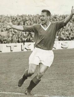 Jimmy Millar of Rangers scored 4 of the 5 goals against Dundee Utd in March 1963 at Ibrox. Rangers Football, Rangers Fc, Football Players, Football Pictures, Dundee, Breaking Bad, Glasgow, My Photos, The Past