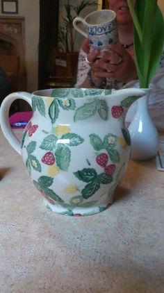 Pottery Fashion Style Emma Bridgewater Half Pint Jug Oranges And Pine Cones Online Discount
