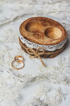 Wood ring box Rustic two ring holder Wedding ring bearer pillow Rustic ring box Eco wedding ring box Woodland decor Personalized wood box