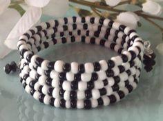 Memory wire bracelet beaded bracelet black by DakotaDesignsbyVicki