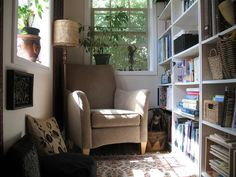 what a nice nook - a wonderful way to use small space - add a candle and music and what a peaceful retreat!!