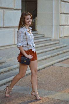 Delicious female feet Great Legs, Beautiful Legs, Gorgeous Women, Women Legs, Sexy Women, Pernas Sexy, Sexy Legs And Heels, Le Jolie, Curvy Women Fashion