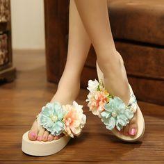 High heel fashion flowers Beach flip flops sandals