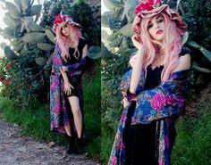 Rose Witch. Pastel pink hair. Romantic. Alternative fashion.