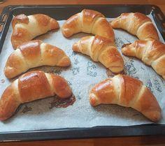 Cornuri Pufoase cu Gem - the lemon flavour Pretzel Bites, Bagel, Lemon, Bread, Food, Eten, Bakeries, Meals, Breads