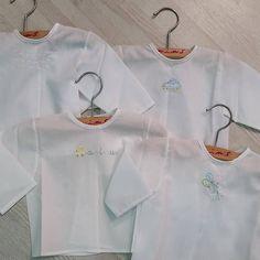 Camisetas 100% algodón batista, hechas a mano, sin costuras, muy suaves y ligeras, ideales para la delicada piel del bebé. 👶👶👶👶👶👶👶👶👶👶👶👶👶👶…