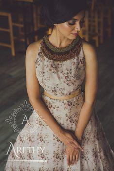 Lengha Blouse Designs, Fancy Blouse Designs, Indian Designer Outfits, Indian Outfits, Designer Dresses, Long Gown Design, Lehnga Dress, Lehenga Gown, Long Skirt And Top
