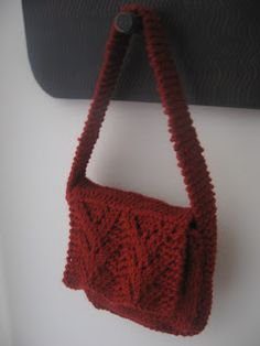 1000+ images about Knitting - Bags, Etc. on Pinterest Knitted bags, Market ...