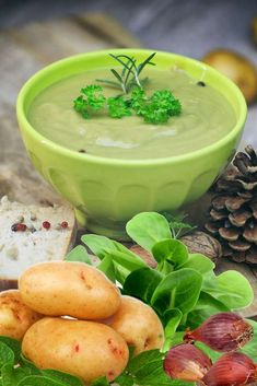 Velouté de mâche Calories, Saveur, Pudding, Desserts, Cooking Recipes, Cream Soups, Butter, Drinks, Tailgate Desserts