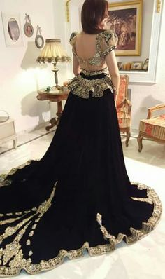 Traditional Fashion, Traditional Dresses, Couture Dresses, Fashion Dresses, Morrocan Dress, Arabic Dress, Colored Wedding Dresses, Formal Evening Dresses, Pretty Dresses