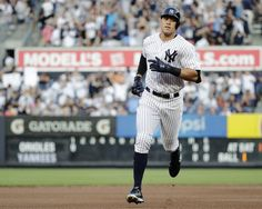 Judge, Yankees batter Orioles 16-3 for 4th straight win  -  June 10, 2017:     New York Yankees' Aaron Judge runs the bases after hitting a home run during the first inning of a baseball game against the Baltimore Orioles, Saturday, June 10, 2017, in New York. (AP Photo/Frank Franklin II)