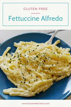 Just because you are gluten-free doesn't mean you have to pass on Fettuccine Alfredo. This Gluten-Free Fettuccine Alfredo is the perfect creamy dish! Best Pasta Recipes, Easy Dinner Recipes, Salad Recipes, Vegetarian Recipes, Easy Meals, Cooking Recipes, Healthy Recipes, Noodle Recipes, Amazing Recipes