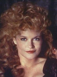 Melanie Griffith in 1975 Don Johnson, Dakota Johnson, Tippi Hedren, Melanie Griffith, Permed Hairstyles, Forever Young, Famous Faces, Plastic Surgery, Beautiful Actresses