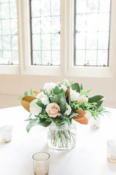 Fall Wedding Bouquets, Fall Wedding Flowers, Flower Bouquet Wedding, Floral Wedding, Magnolia Wedding Bouquets, Magnolia Bouquet, Magnolia Centerpiece, Flower Centerpieces, Wedding Centerpieces