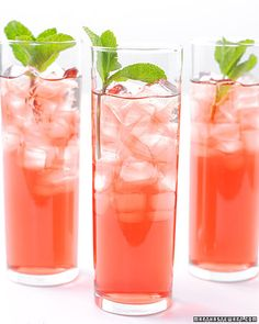 Hibiscus Mint tea drink