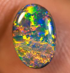 Lemme teach you a thing or two about my favorite gemstone, Opals. - Album on Imgur