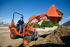 This past Veteran's Day, Compact Power, along with those of you across the United States, honored our country's veterans as well as those who lost their lives fighting for our freedom. #kubota #equipmentrental #veteransday