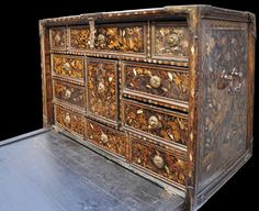 Namban Portuguese Cabinet. Japanese Furniture, Trunks And Chests, First Contact, Nihon, Curiosity, Portuguese, Antique Furniture, Tortoise, Decorative Accessories