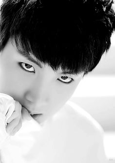 His stare is killing me. #jhope