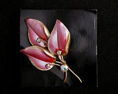 brooch pink leaves crystal stones vintage style costume jewellery £8.40 ono FREE POST UK - charges overseas