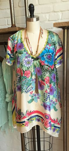 Printed silk Summer Look by Johnny Was Clothing, The Grove store #styled #johnnywas