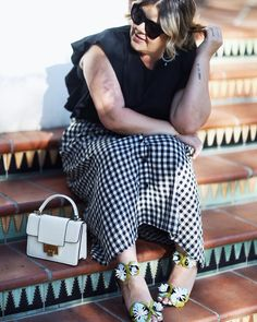 Another day, another white obsession!  This lady like @hielevencom bag is a must have! #hielevencom
